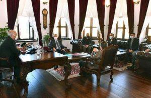 AKP'li başkan 'acil' diye makam odasını yeniledi: 898 bin liralık mobilya