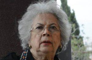 Ayla Karaca koronadan hayatını kaybetti