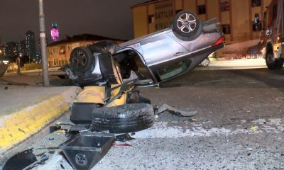 Aşırı süratli otomobil yolun karşına uçtu, sürücü ağır yaralandı