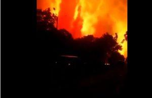 Endonezya'da petrol rafinesinde şiddetli patlama
