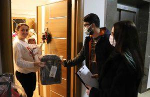 Kartal Belediyesi'nden yeni doğan bebeklere hediye paketi