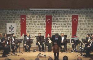 Kültür Bakanlığı bazı korolardan Türk ismini çıkardı