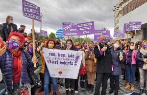 Kuşadalı kadınlar İstanbul Sözleşmesi'nin feshedilmesini protesto etti