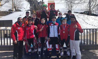 Çocuk Milli Kayak Takımı'ndan büyük başarı