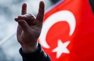 Türkiye şehitlerine ağlarken, MHP'nin seviyesiz Akşener kampanyasına tepki yağdı