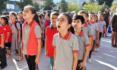 Danıştay'dan iki kritik karar: Andımız okunmayacak, Atatürk kabartmaları çıkarılacak