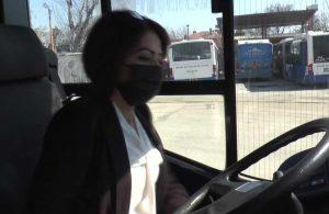 Kadın şoförler trafikte birinci yıllarını kutlamaya hazırlanıyor: Kadın isterse her şeyi yapabilir