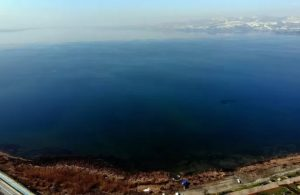 Eriyen kar Sapanca Gölü'ne umut oldu!
