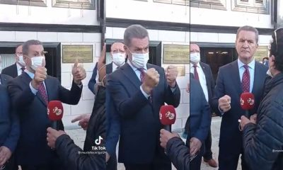 Sarıgül, partisinin şarkısına eşlik etmeye çalışıyor: El hareketleri alay konusu oldu