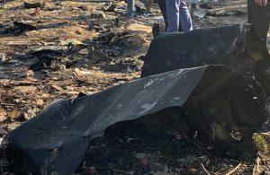 Sudan'da yolcu uçağı düştü!