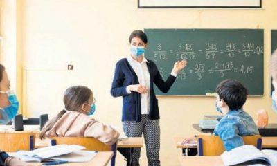 Mutasyonlu koronavirüs 5 okulda yüz yüze eğitimi erteletti