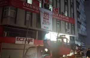 Kulis: Pankartların 'Cumhurbaşkanı'na hakaret'ten indirilmesine AKP'den itiraz geldi
