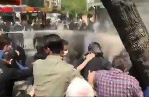 Ankara ve İzmir'de 1 Mayıs açıklamasına polis müdahalesi