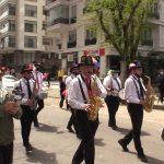 TELE1 Kadıköy'deki 23 Nisan kortejini görüntüledi! Balkonlardaki çocukların sevinci sokaklara taştı
