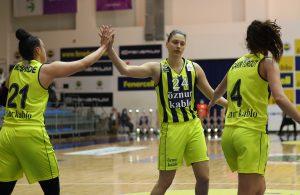 Fenerbahçe Öznur Kablo, yarı final serisinde 1-0 öne geçti
