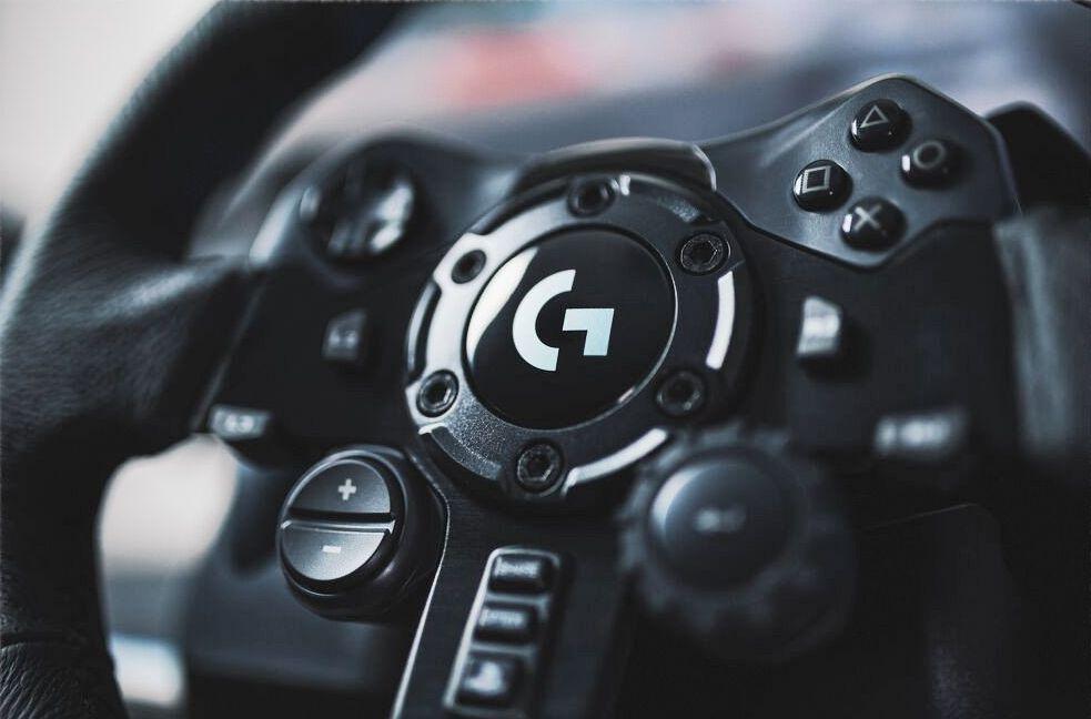 Logitech G923 : Yarış ve simulasyon oyuncuları için geliştirildi