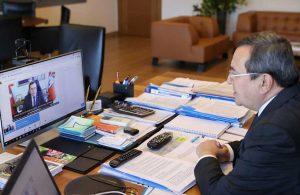 Başkan Batur Romanlara seslendi: Konak Belediyesi'nde bir kardeşiniz var