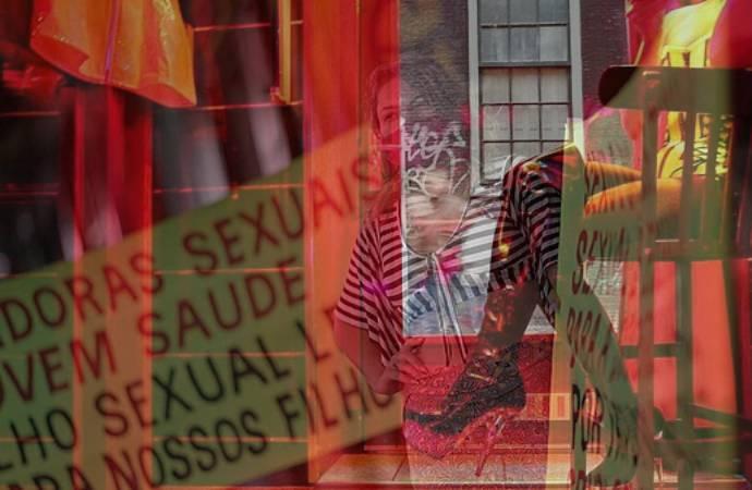 Seks işçileri aşı için grevde: Biz de ön saftayız aşılanmamız gerekiyor