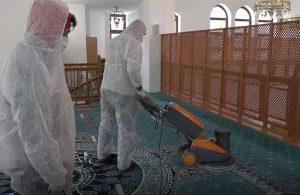 Büyükçekmece'nin camilerinde Ramazan temizliği yapıldı