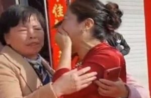Çin'de akılalmaz olay: Gelin, damadın annesinin yol kenarına bıraktığı kızı çıktı