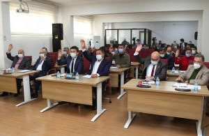 Efeler'den lise öğrencilerine mesleki atölye: Teklif Meclis'ten geçti
