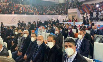 Kongreye giden AKP'li başkanın testi pozitif çıktı