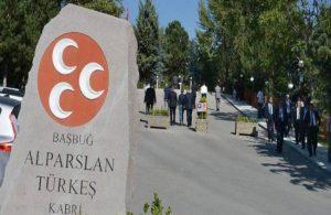 Türkeş'in mezarına oğlu alınmadı