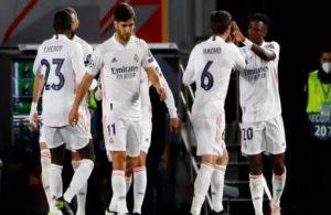 Real Madrid tur kapısını araladı