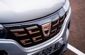 Dacia logo değiştirdi