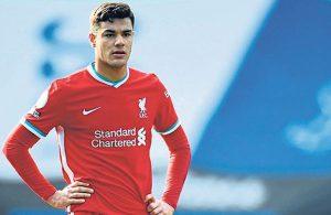 Liverpool taraftarından Ozan Kabak'a beste