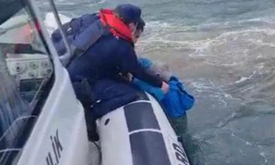 Çanakkale'de balıkçı teknesi alabora oldu