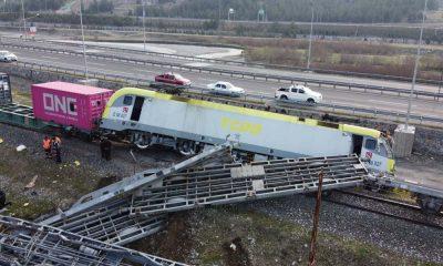 Adana'da iki yük treni çarpıştı: İki makinist yaralı