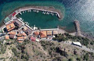 Assos Antik Limanı'nda turistik tesisler kapatıldı
