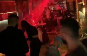 Kısıtlamada gece kulübüne çevrilen lokantaya polis baskını