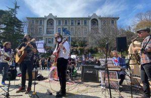 Direnişin 100. gününde 'Bulusuzluk Özlemi'nden konser