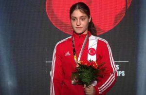 Büşra Işıldar, dünya şampiyonu