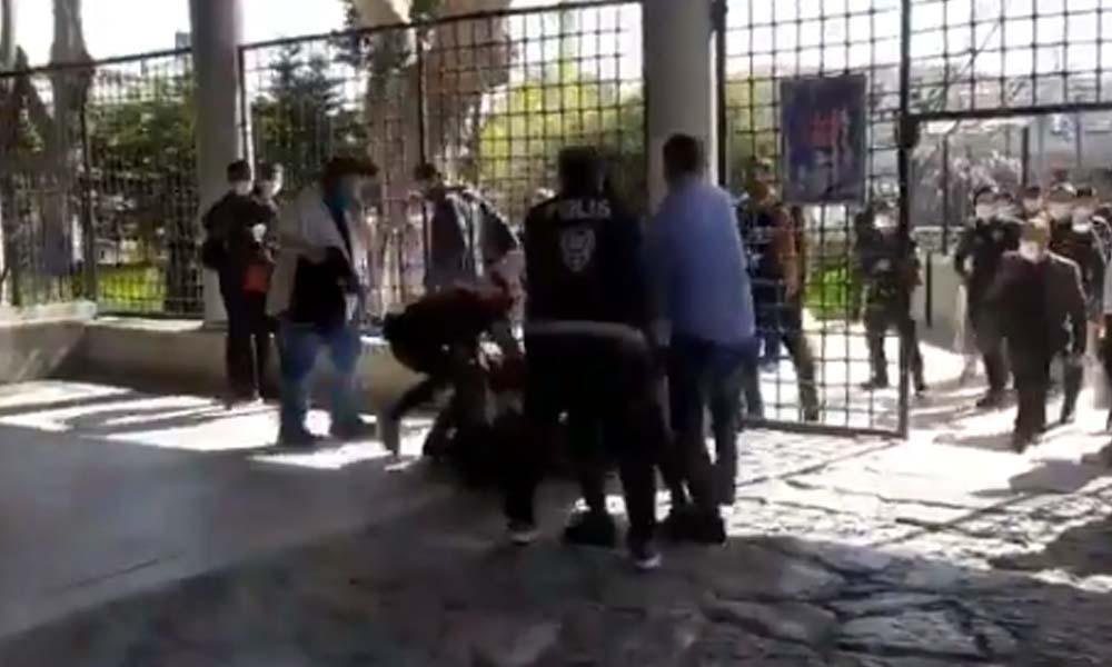 Polis bu kez de gıyabi cenaze namazına müdahale etti