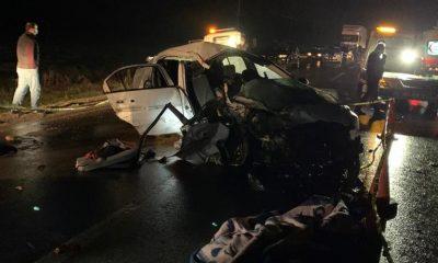 Gaziantep'te otomobil ile hafif ticari araç çarpıştı; 2 ölü, 10 yaralı