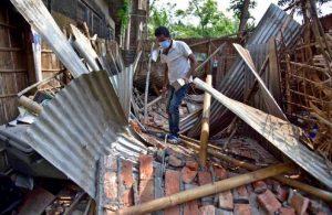 Salgınla sarsılan Hindistan'da deprem