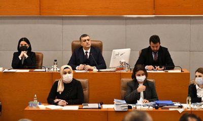 AKP ve MHP'nin kadın düşmanlığı: Şiddet gören kadınlara avukat desteğine izin vermediler