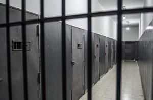 Endonezya'da suçlular Zoom üzerinden idam cezasına çarptırılıyor