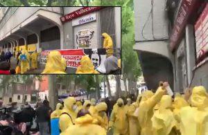 İspanya'da taraftarlar aşırı sağcı liderlerin takımlarını ziyaretinden sonra tesisleri temizledi