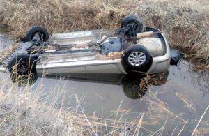 Sulama kanalına uçan otomobilde 1'i çocuk 4 kişi hayatını kaybetti