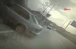 Kocaeli'de 5 kişinin yaralandığı kaza anı kamerada