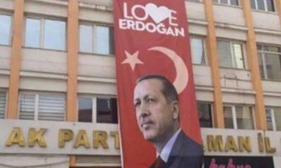 CHP şikâyet etti 'Love Erdoğan' pankartı da indirildi
