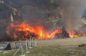 Manisa'da yangın! 5 ev kullanılamaz hale geldi