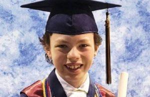 12 yaşındaki çocuk hem liseden hem de üniversiteden mezun olmak için gün sayıyor