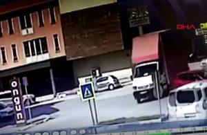 Motosiklet sürücüsünün hayatını kaybettiği kaza kamerada