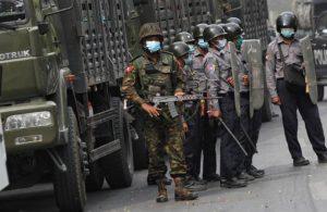 Myanmar'da ordudan şartlı ateşkes