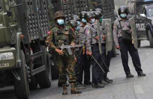 Myanmar'da ordu 19 kişiye idam cezası verdi